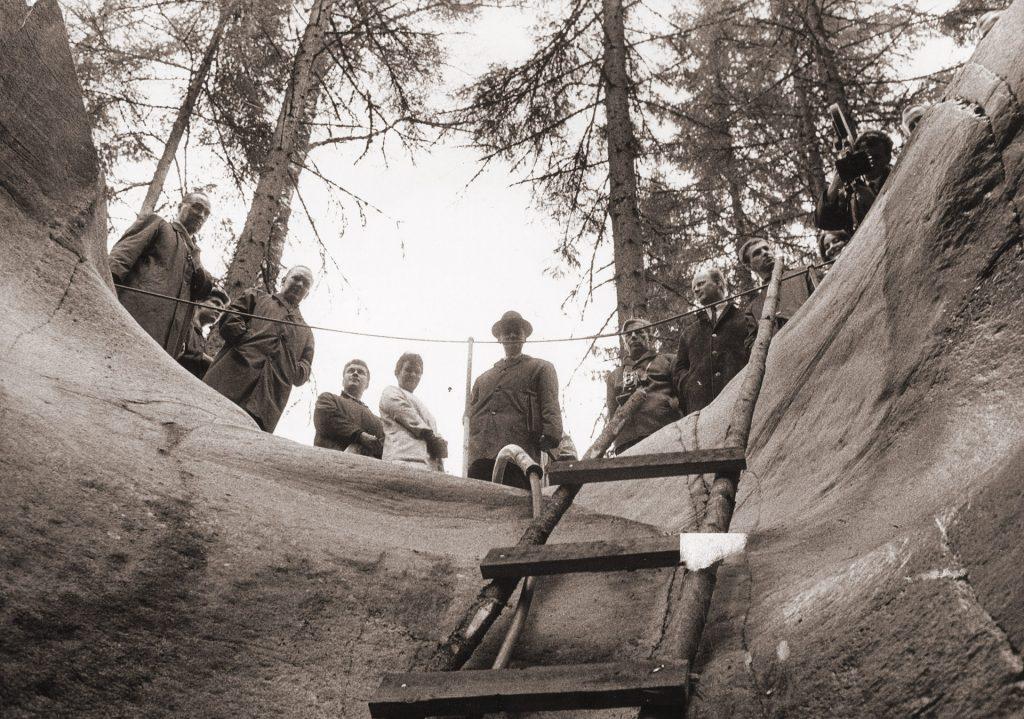 Askolan hiidenkirnut kaivettiin esiin 60-luvun alussa